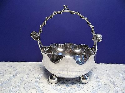 Vintage John Round & Son J R & S Sheffield Silverplate Basket Epns 8393
