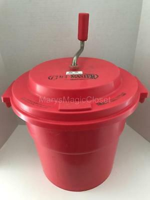 CHEF MASTER Commercial 5 Gallon Salad Spinner Dryer in Red
