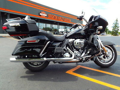 Harley-Davidson FLTRU - Road Glide Ultra  2016 Touring Used 103ci 1690cc 6 speed Black CLEAN