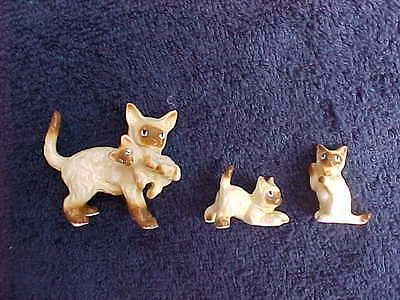 Vintage china cat family figurines 3 piece set Siamese?