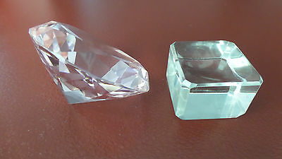 60mm PINK DIAMOND SHAPED CRYSTAL ON STAND