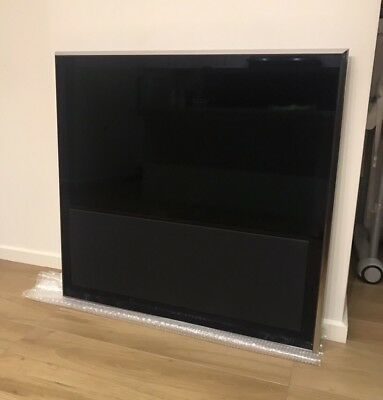 Bang & Olufsen Beovision 10-40 FullHD LCD Television With Wall Mount