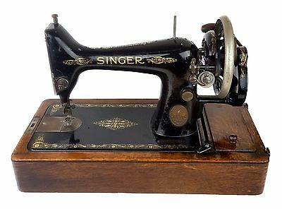 Vintage Singer 99K Sewing Machine Hand Cranked - Early 1914 Bentwood Case