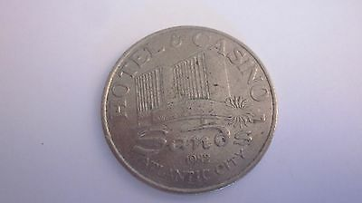 Sands Casino  Atlantic City  1982 $ 1.00 One Dollar Slot Machine Gaming Token