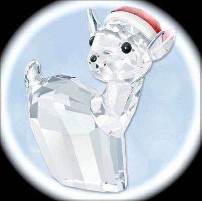 Swarovski Crystal Doe with Santa's Hat Figurine/2015/New in Box/5135853