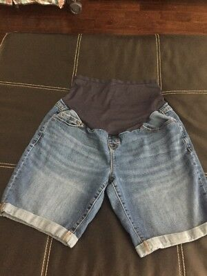 Pre owned Old Navy Maternity Shorts size 14 Regular