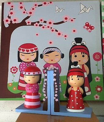 Childrens Painting, Book Ends & Lamp Set