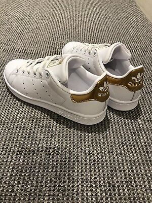 Women's New Adidas Originals Stan Smith White/Gold Size US 5