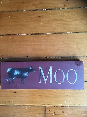 Adorable Handcrafted 'Moo' Cow Sign