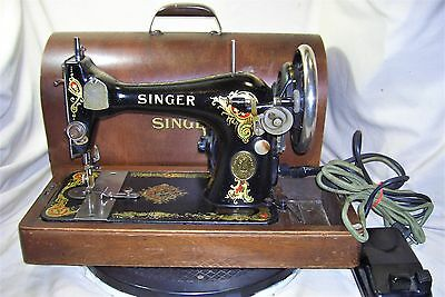 Singer 128 Sewing Machine in Bentwood Case Serviced Runs Great Vintage 1919 5523