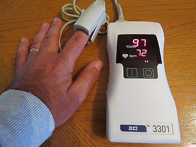 EXCELLENT Smiths Medical Hand Held Pulse Oximeter - BCI 3301