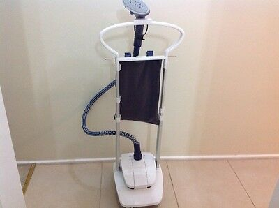 Sterling clothes steamer