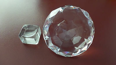 LARGE CLEAR DIAMOND SHAPE CRYSTAL - Size 100mm ON STAND