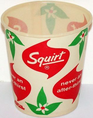 Vintage paper cup SQUIRT 4 1/4oz size dated 1962 unused new old stock n-mint+