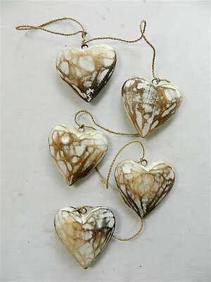 Wooden Hanging Heart Wall Art - String of 5 Shabby Chic Hearts - Vintage White
