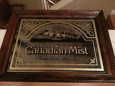 Canadian Mist Whiskey Sign Mirror Canada Liquor Framed Bar Tavern Man Cave
