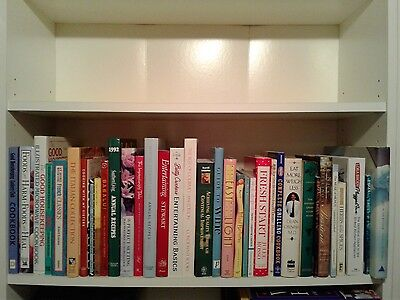Approximately 1,884 Cook Books  /  Group  /  Lot  /  Collection