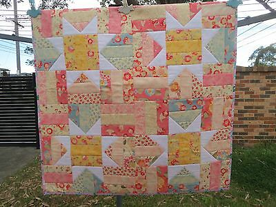 """PATCHWORK HANDMADE BABY QUILT SIZE 36.5""""/93cm Square GIRL/REVERSIBLE"""