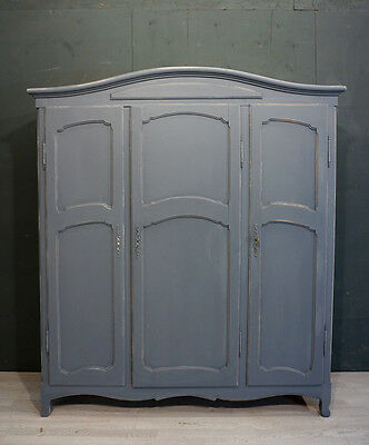 Vintage French Wardrobe / Shabby style French Wardrobe (BR372)