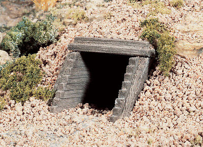 2 x Timber Culverts - Woodlands Scenics N Scale #C1165