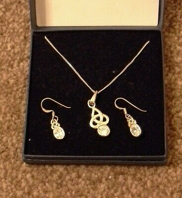 925 sterling silver celtic style matching necklace & earrings