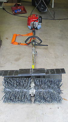52cc GAS POWER HAND HELD WALK BEHIND SWEEPER BROOM CLEANING DRIVEWAY TURF GRASS