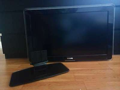 Philips 32´ LCD TV mit Ambilight