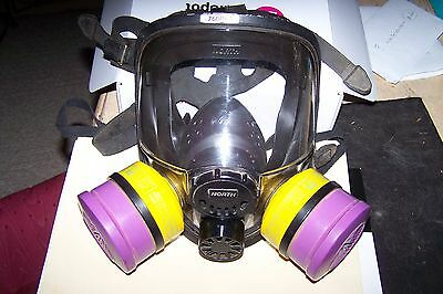 North 76008A M/l Silicon Full Face Mask Respirator W/ Filters - Med/large