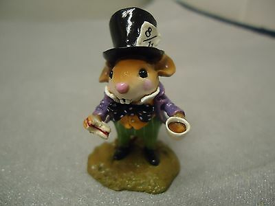 Wee Forest Folk  AIW-03  The Mad Hatter / Alice In Wonderland Piece