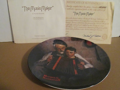 "1981 knowles norman rockwell heritage collector plate  ""the music maker"" w/coa"