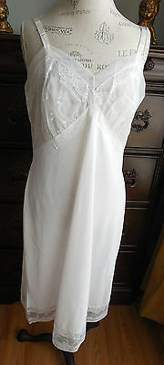 True Vintage White W/lace & Embroidered Chiffon Shadowline Nylon Full Slip 40