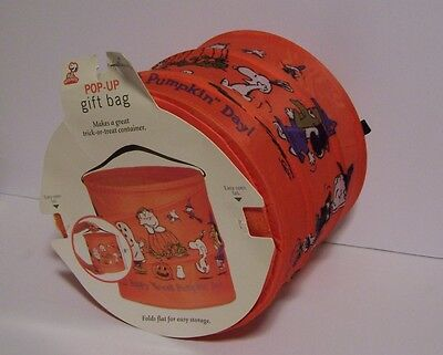 Snoopy Pumpkin Halloween Trick Treat Bag Container Linus Peanuts Ghost Witch Bat