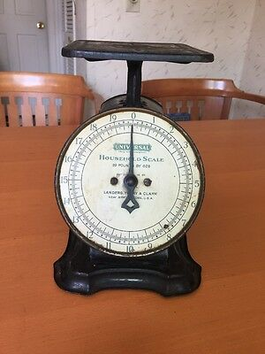 Antique Universal Landers Frary Clark 20 Lb. Scale