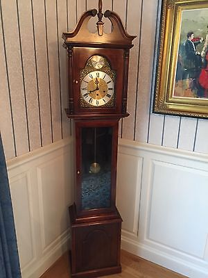 Mid-size Gradfather Clock