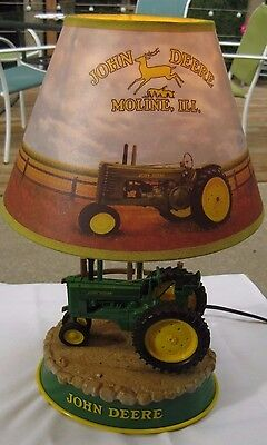 John Deere Table Lamp, Animated Rear Wheels,with Tractor Sounds,awesome,,,,