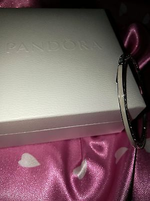 Authentic Pearlescent Radiant Hearts of PANDORA Bangle 19cm (590537EN23-3) NEW