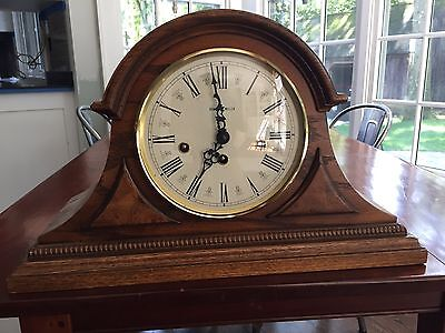Howard Miller 613-102  Chiming Mantle Clock- Excellent condition