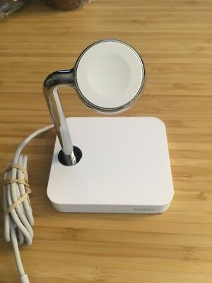 Belkin Valet Charge Dock For Apple Watch used