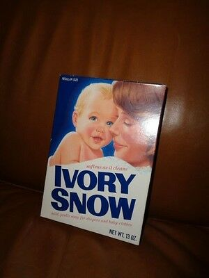 VINTAGE 1970's IVORY SNOW DETERGENT UNOPENED SEALED BOX 13 oz.