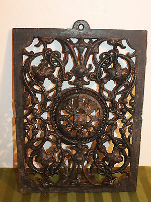 Vintage Cast Iron Register Vent Cover / Heating Grate / Metal Wall Art