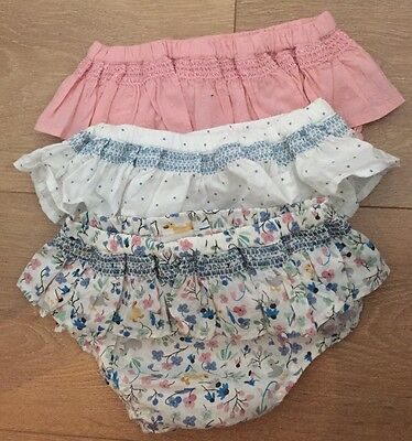 M&S Autograph 3 pairs of Frilly Knickers Size 6-9 months BNWOT - See Description