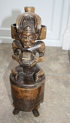 Oceanian Wooden Statue featuring Man with Hidden Box Compartment - Fertility