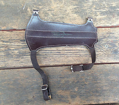 Shakespeare Archery Equipment Arm Guard USA