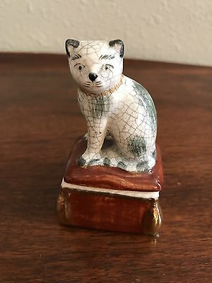 Fitz And Floyd Cat On Ottoman Lidded Trinket Box