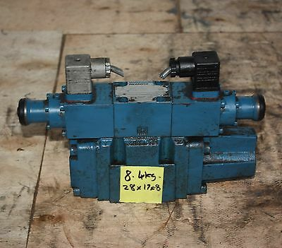 MANNESMANN REXROTH 4WRZ 10 E85-51/M Solenoid Operated Directional Control Valve