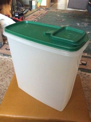 Tupperware Extra Large Cereal Keeper