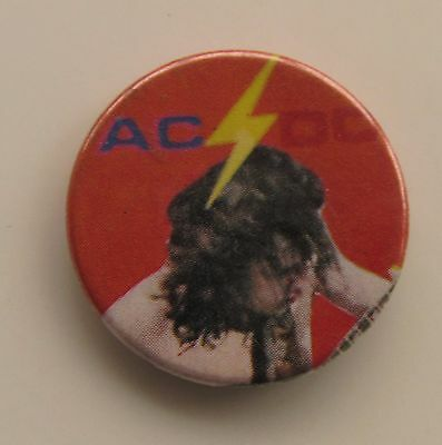 AC/DC ANGUS YOUNG ORIGINAL METAL BUTTON BADGE FROM THE 1970's / 80's OLD RETRO