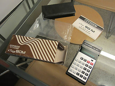 "VINTAGE CITIZEN  ""Carry 90M"" ELECTRONIC HANDY CALCULATOR. 197?"