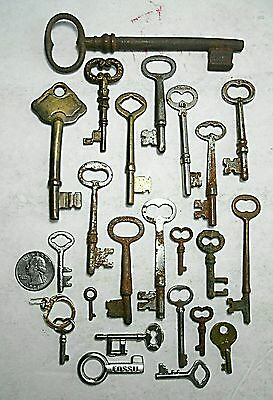 23 Antique Lot of Mixed Barrel Skeleton Keys Vintage Antique Collectible Steampu