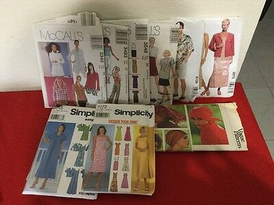 Huge lot of over 115 Sewing Patterns Easy McCalls Simplicity, New & Used